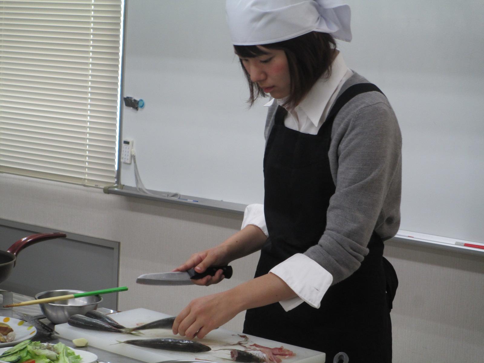 魚のさばき方 料理教室